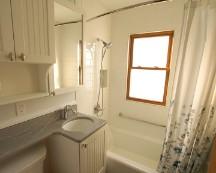 Wachowiak_bathroom